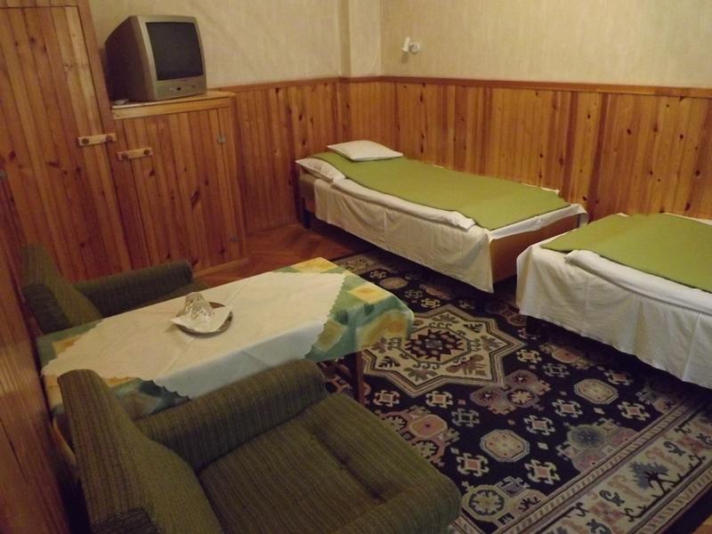 Repkény Épület kétágyas szoba (udvar)