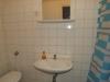 SzennA Épület kétágyas szoba fürdőszobája